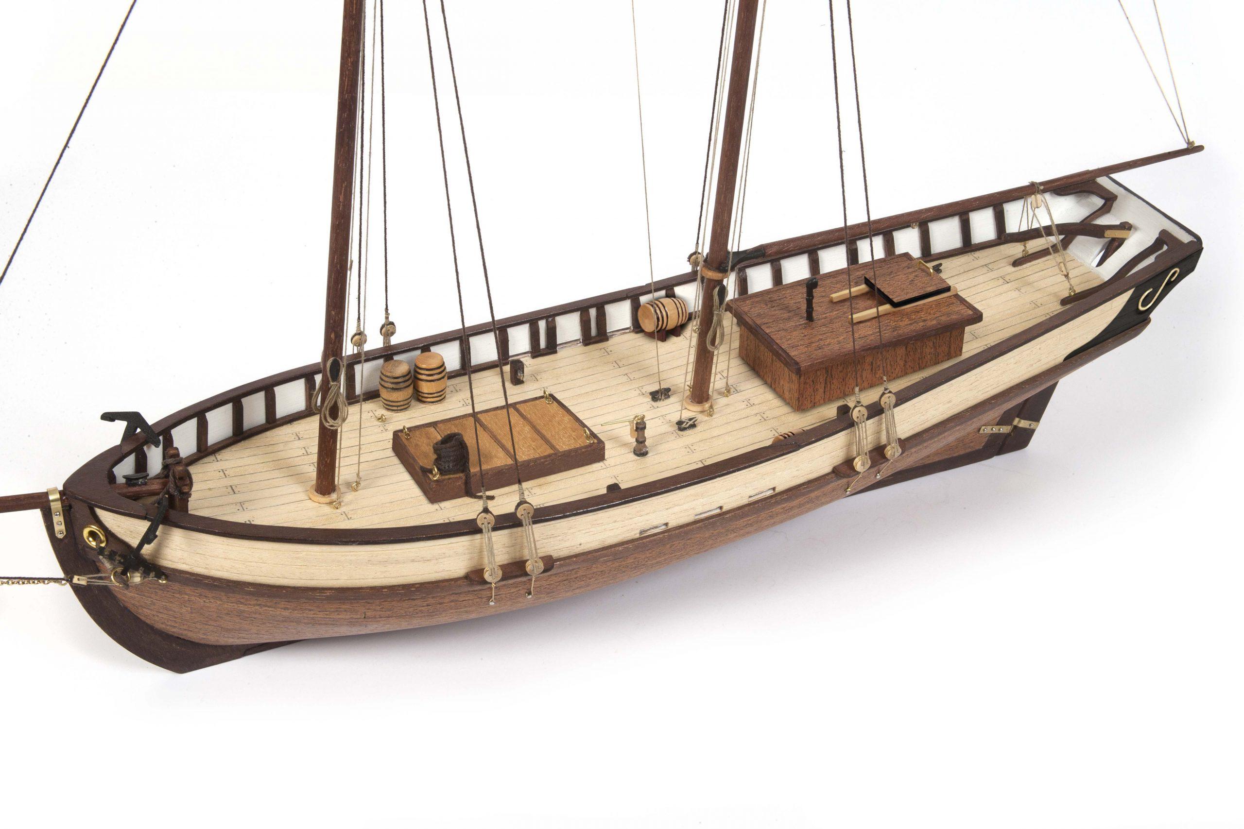 Polaris Model Boat Kit – Occre (12007B)