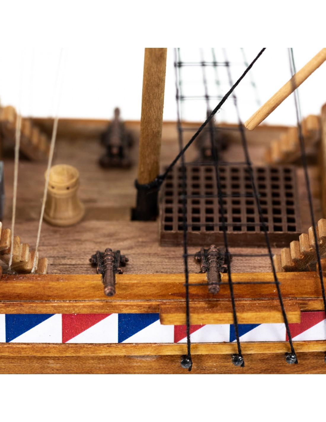 Elizabethan Galleon Model Boat Kit Amati (600/02)