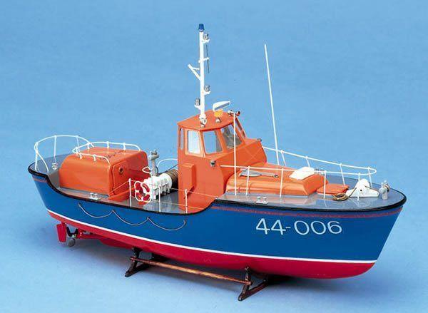 1043-7989-RNLI-Waveny-Lifeboat-Boat-Kit