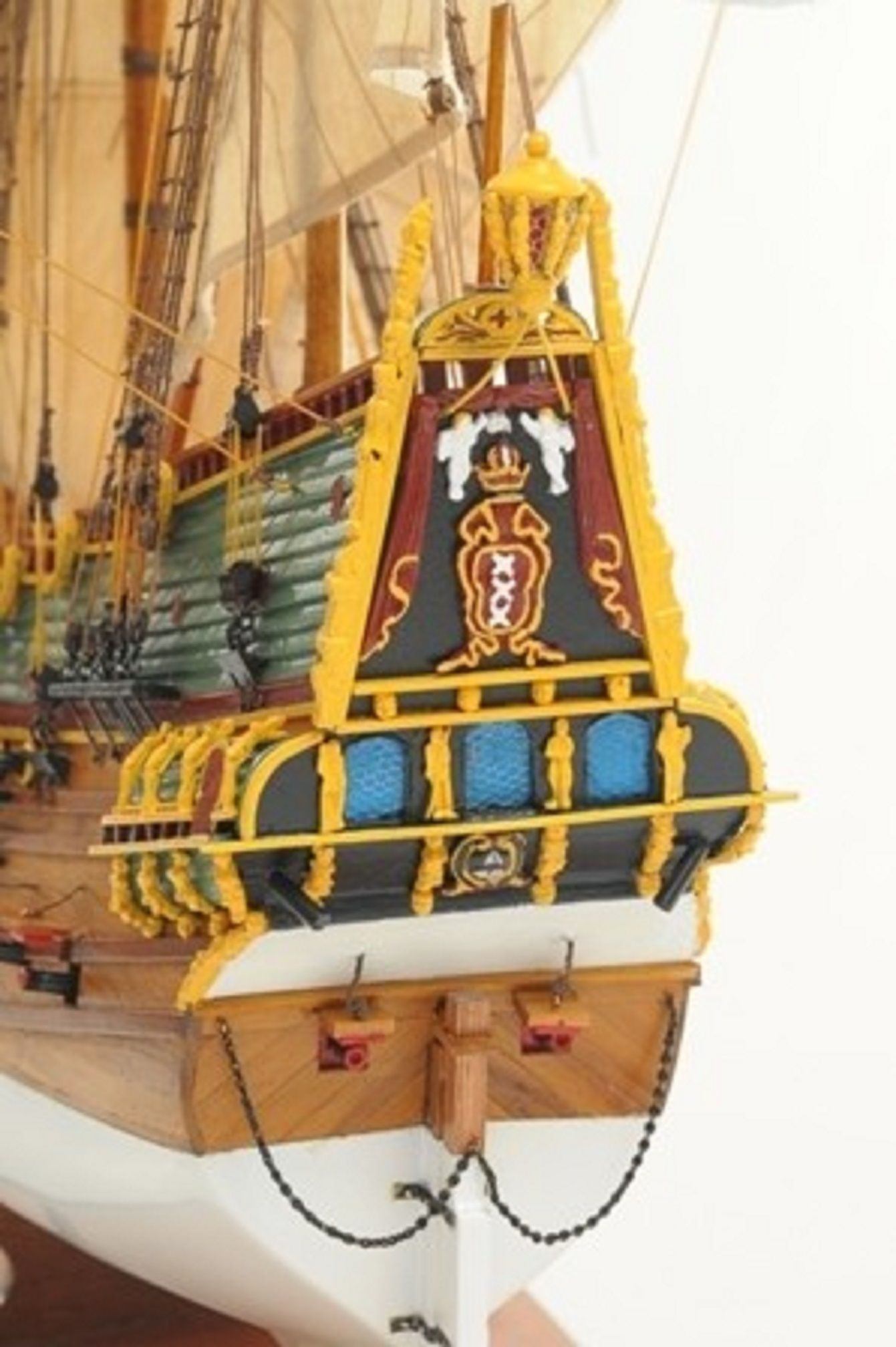 1057-7806-Batavia-model-ship-Superior-Range