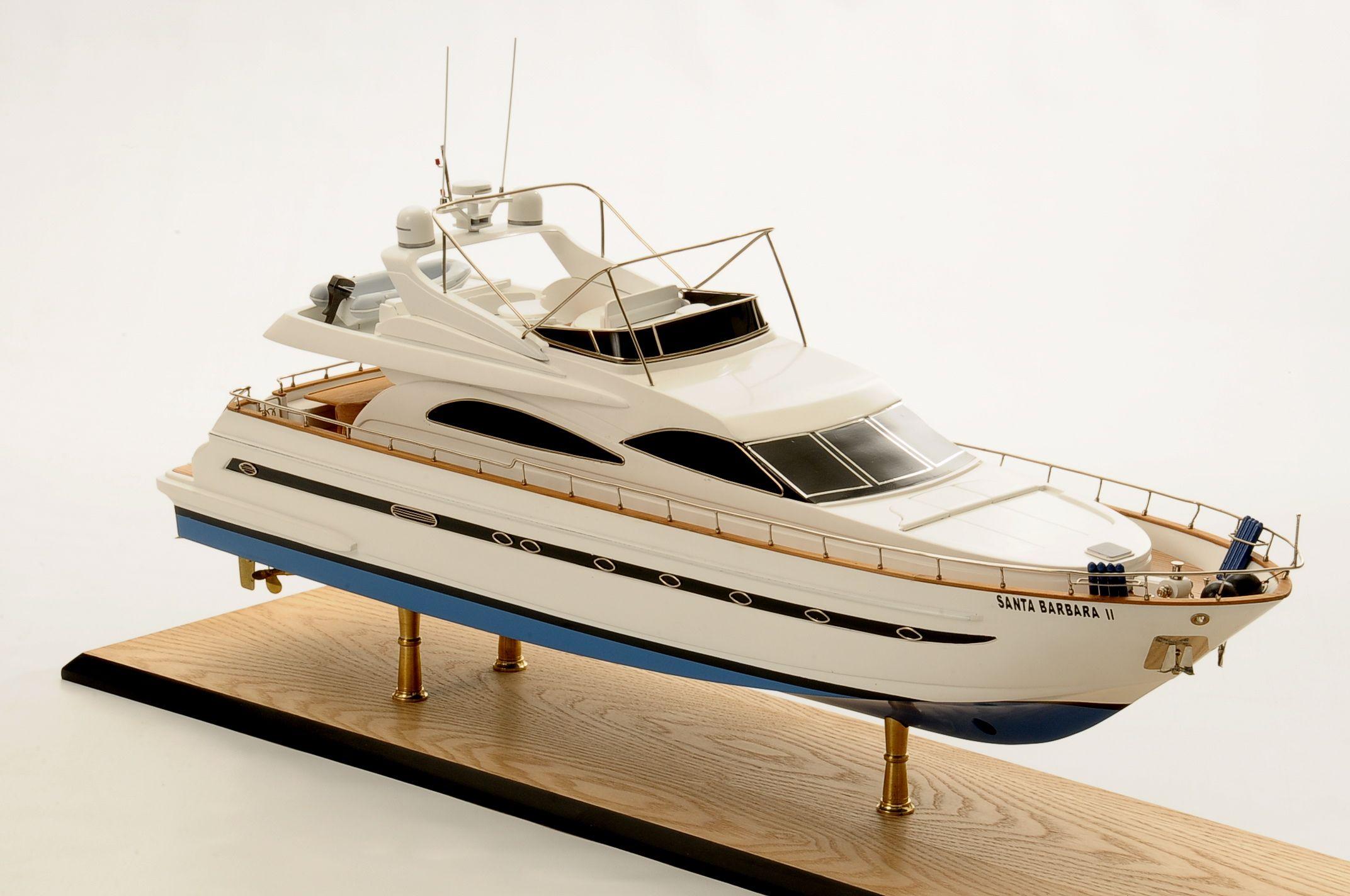 1236-6346-Astondoa-72-GLX-Motor-Yacht-Premier-Range