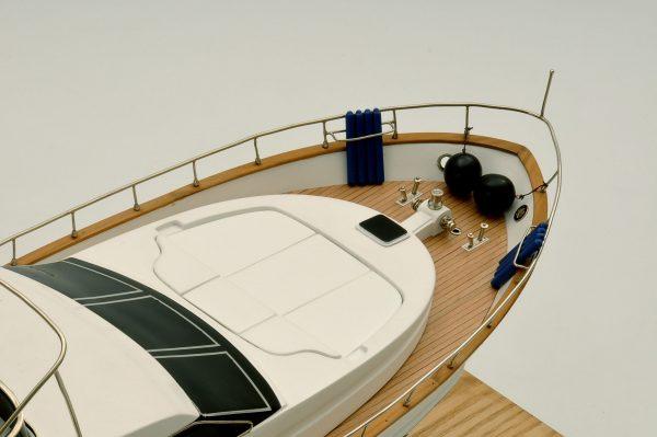 1236-6352-Astondoa-72-GLX-Motor-Yacht-Premier-Range