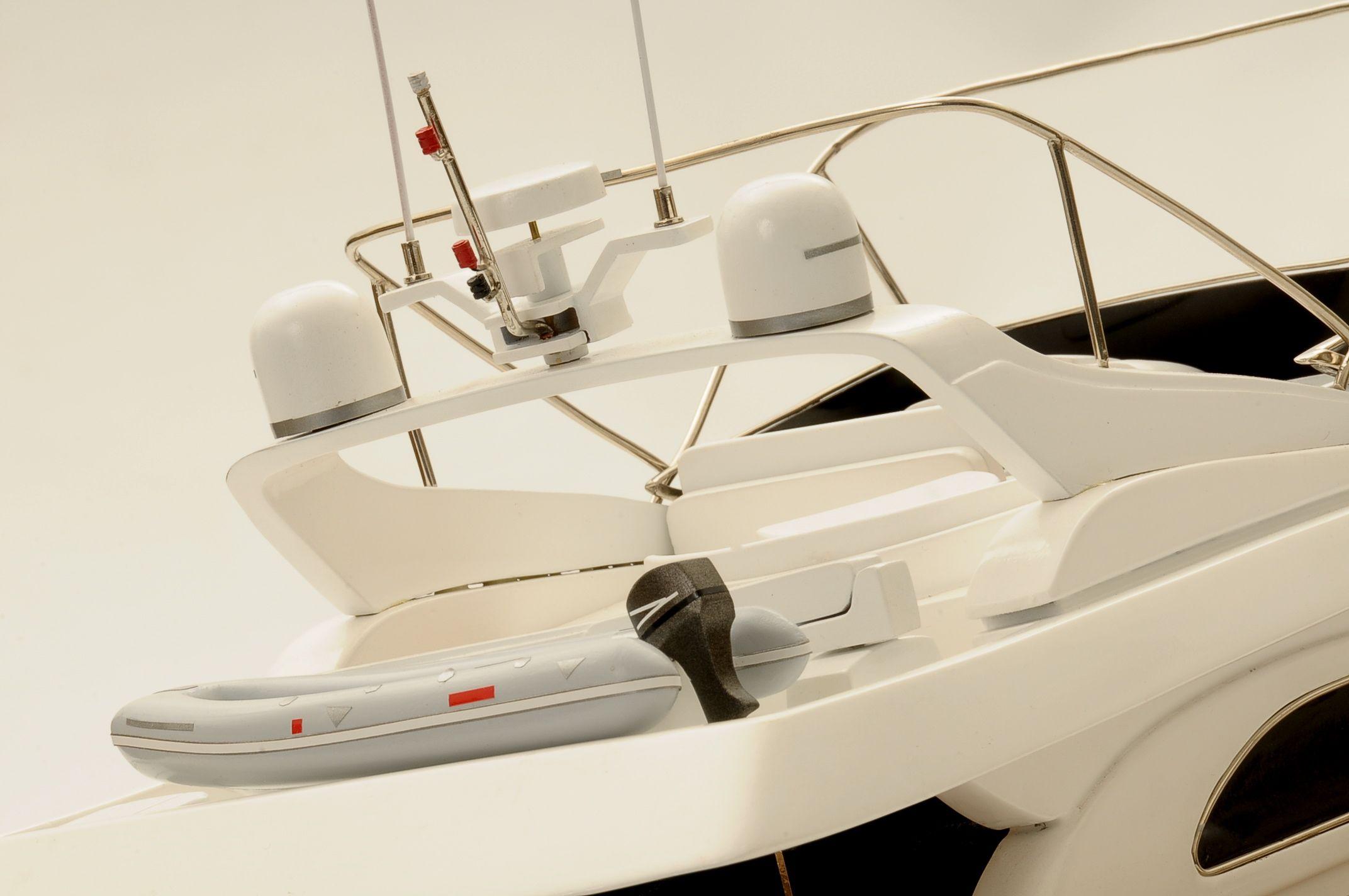 1236-6358-Astondoa-72-GLX-Motor-Yacht-Premier-Range