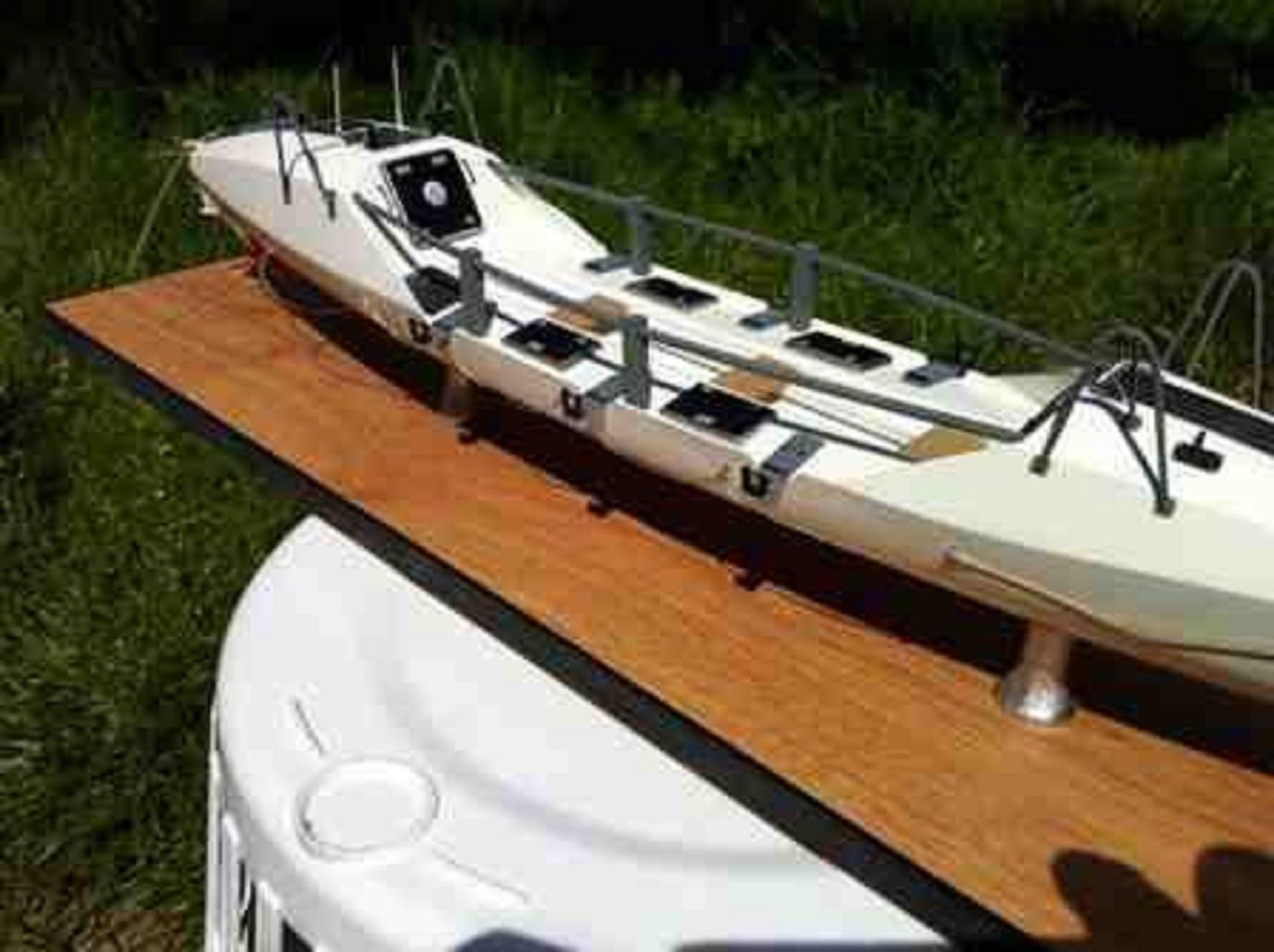 1262-7056-Ocean-Rowing-Boat-Large