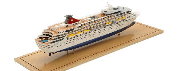 1292-6403-Balmoral-Cruise-Liner