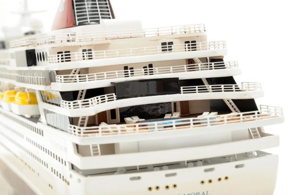 1292-6422-Balmoral-Cruise-Liner