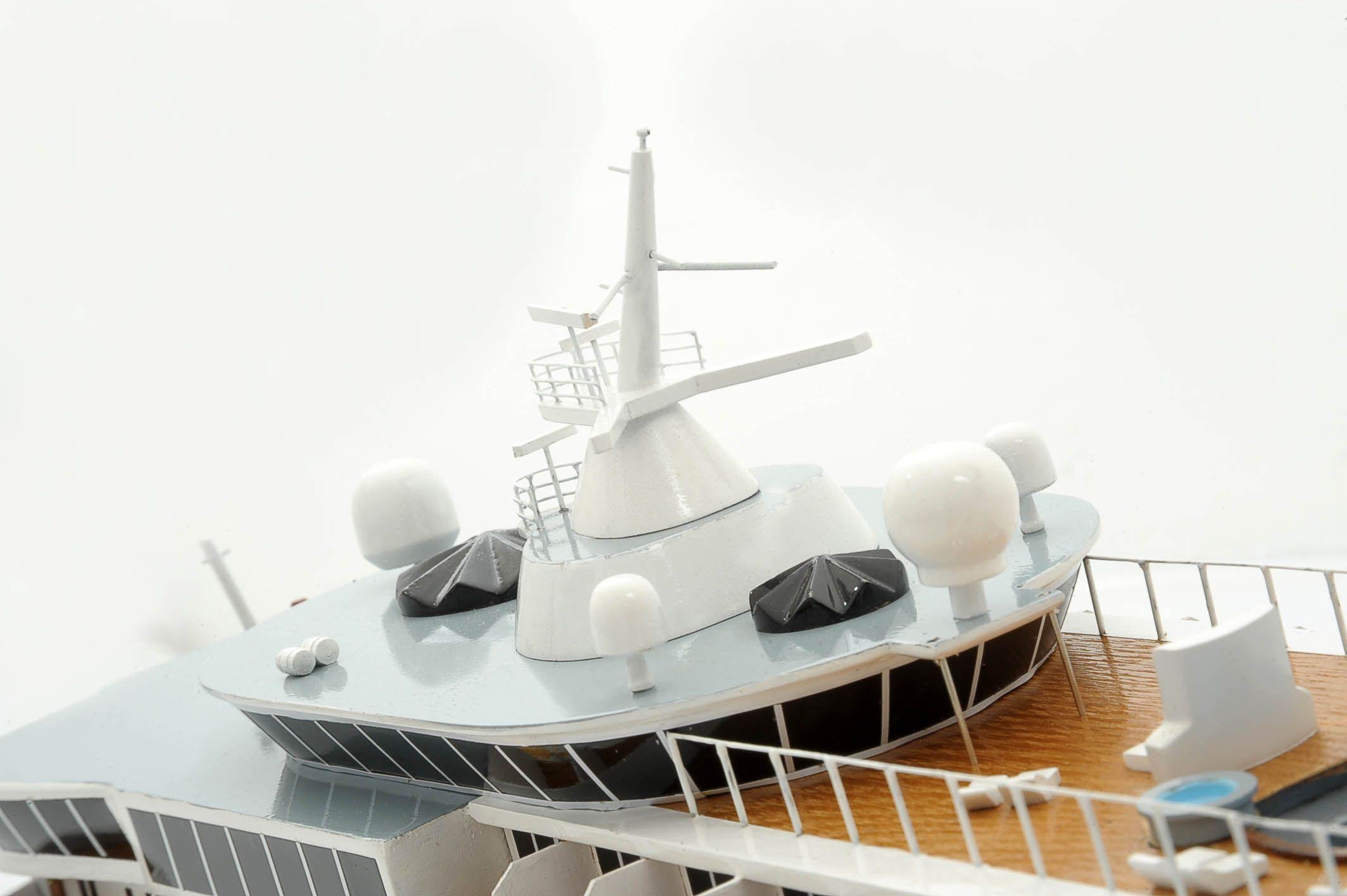 1292-6423-Balmoral-Cruise-Liner