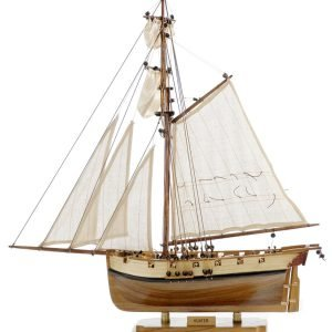 131-8993-HMS-Hunter-Model-Boat-Superior-Range