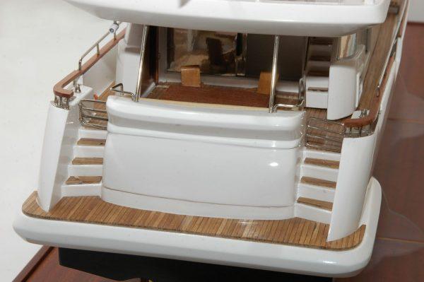 1333-6879-Aicon-Fly-85-Yacht-Premier-Range