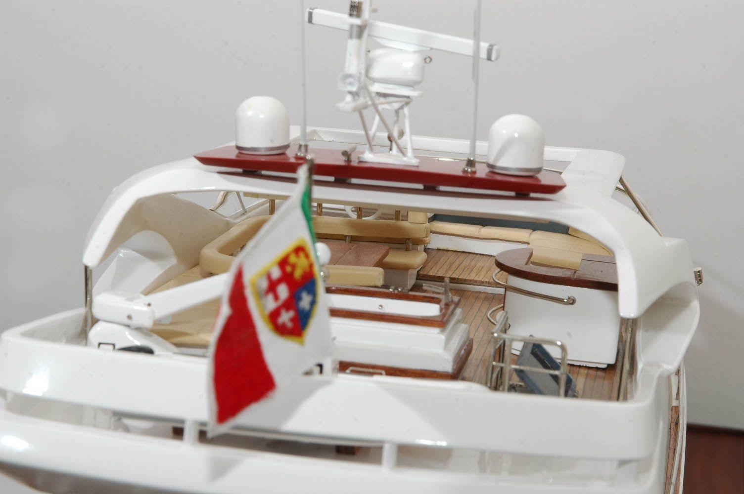 Aicon Fly 85 Yacht