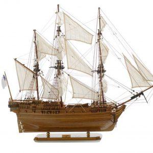 137-8569-Saint-Geran-Model-Ship-Superior-Range