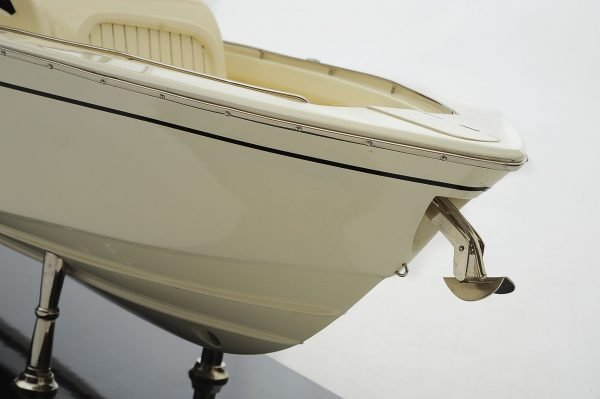 1390-8704-Grady-366-Yacht