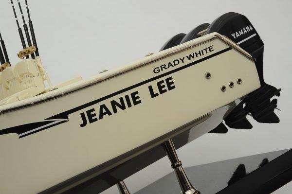 1390-8714-Grady-366-Yacht