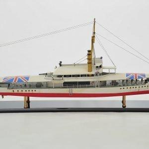 HMS Cockchafer