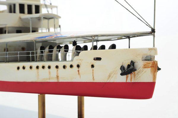 1392-6177-HMS-Cockchafer-Premier-Range