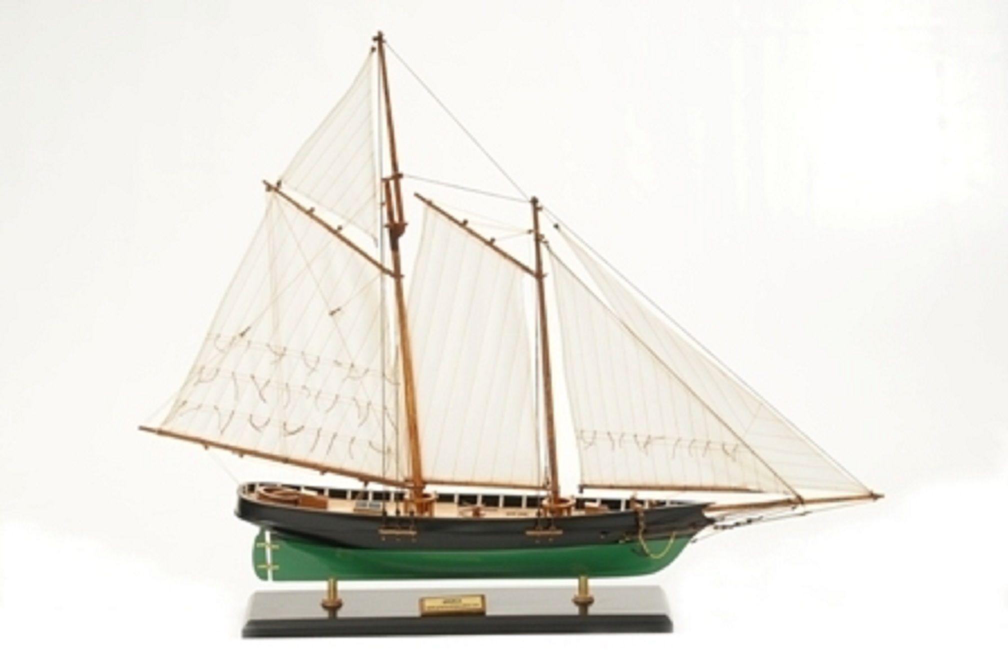 America Model Yacht (Superior Range) - PSM