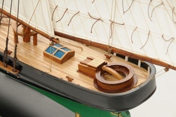 1419-7760-America-Model-Yacht-Superior-Range