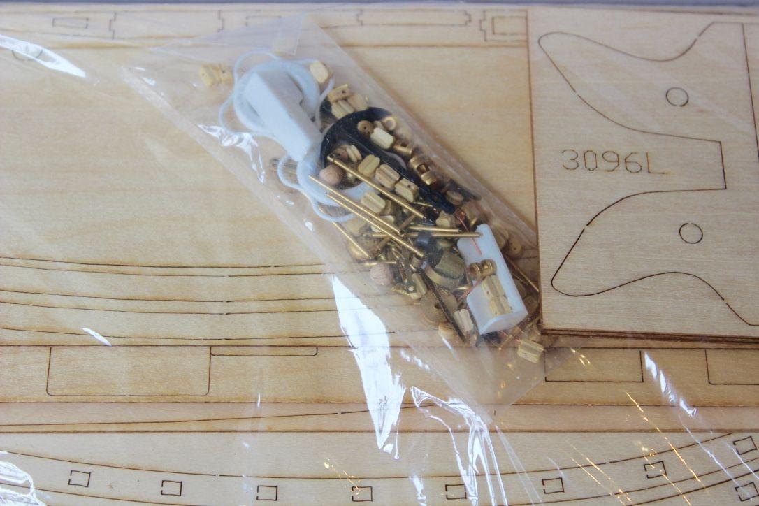 1424-7820-Colin-Archer-Model-Boat-Kit