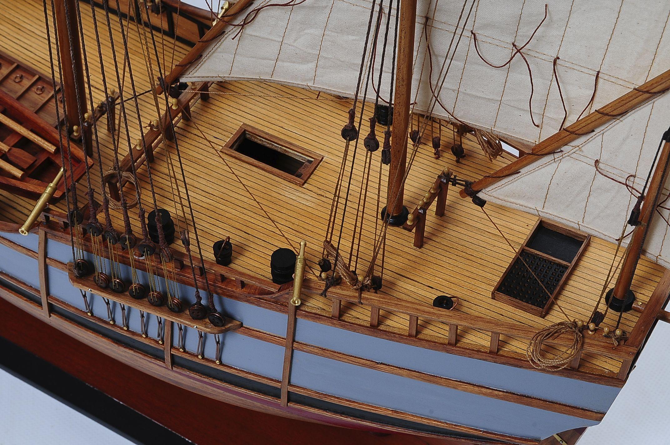 1429-6027-La-Nina-Model-Boat-Superior-Range