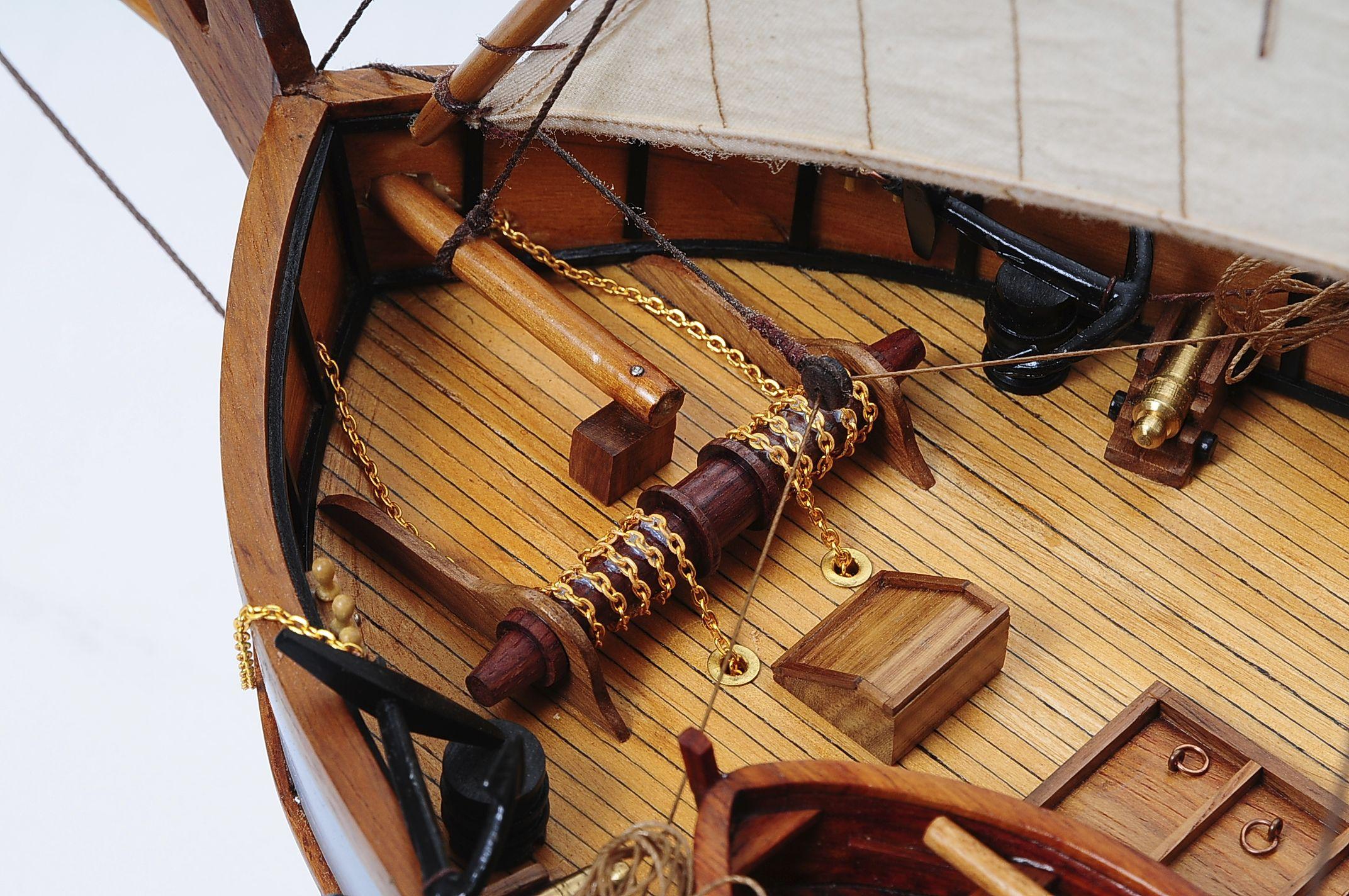1429-6028-La-Nina-Model-Boat-Superior-Range