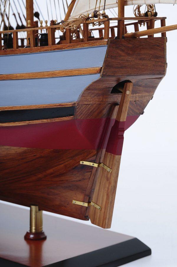 1429-6030-La-Nina-Model-Boat-Superior-Range