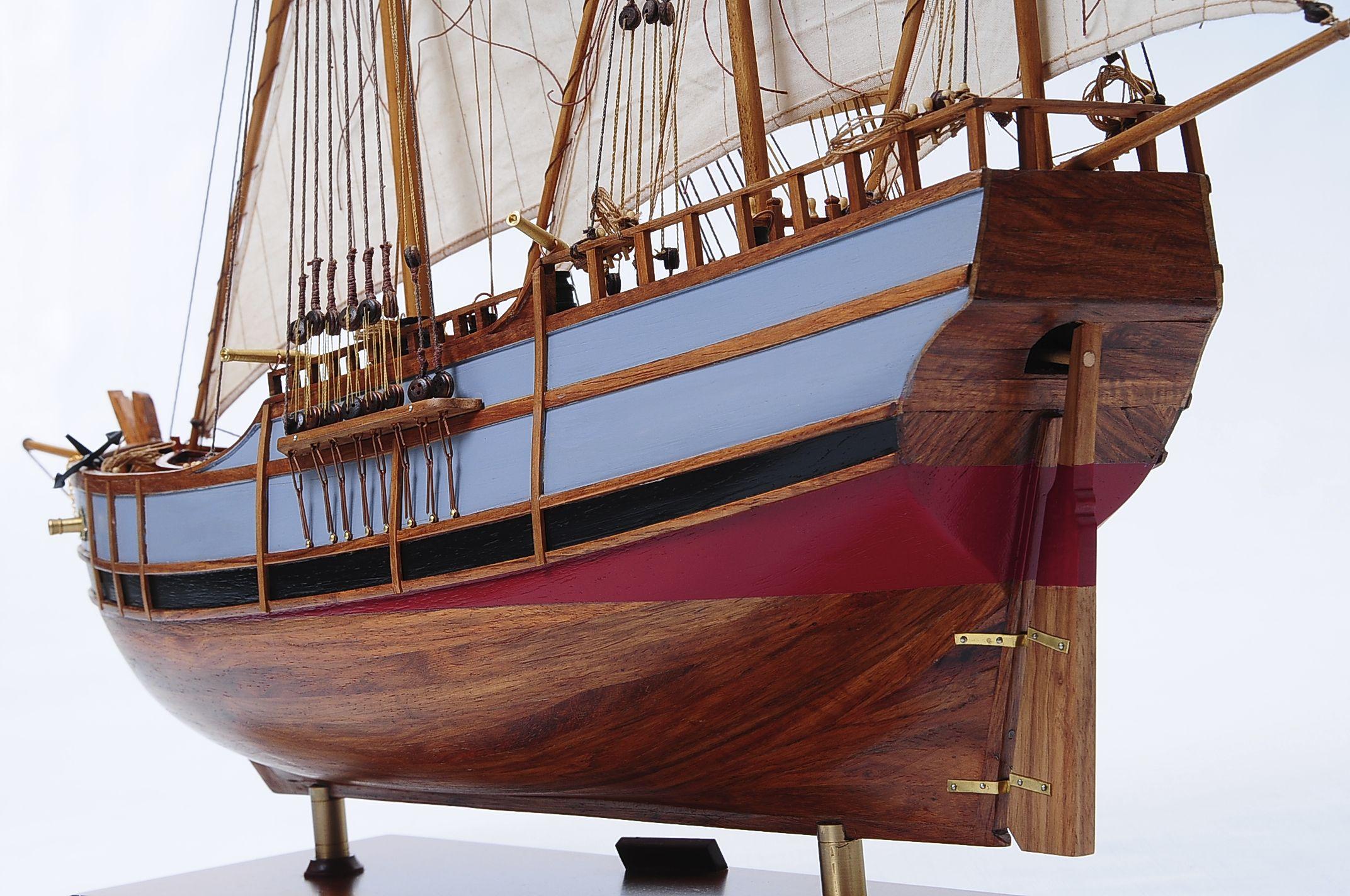 1429-6037-La-Nina-Model-Boat-Superior-Range