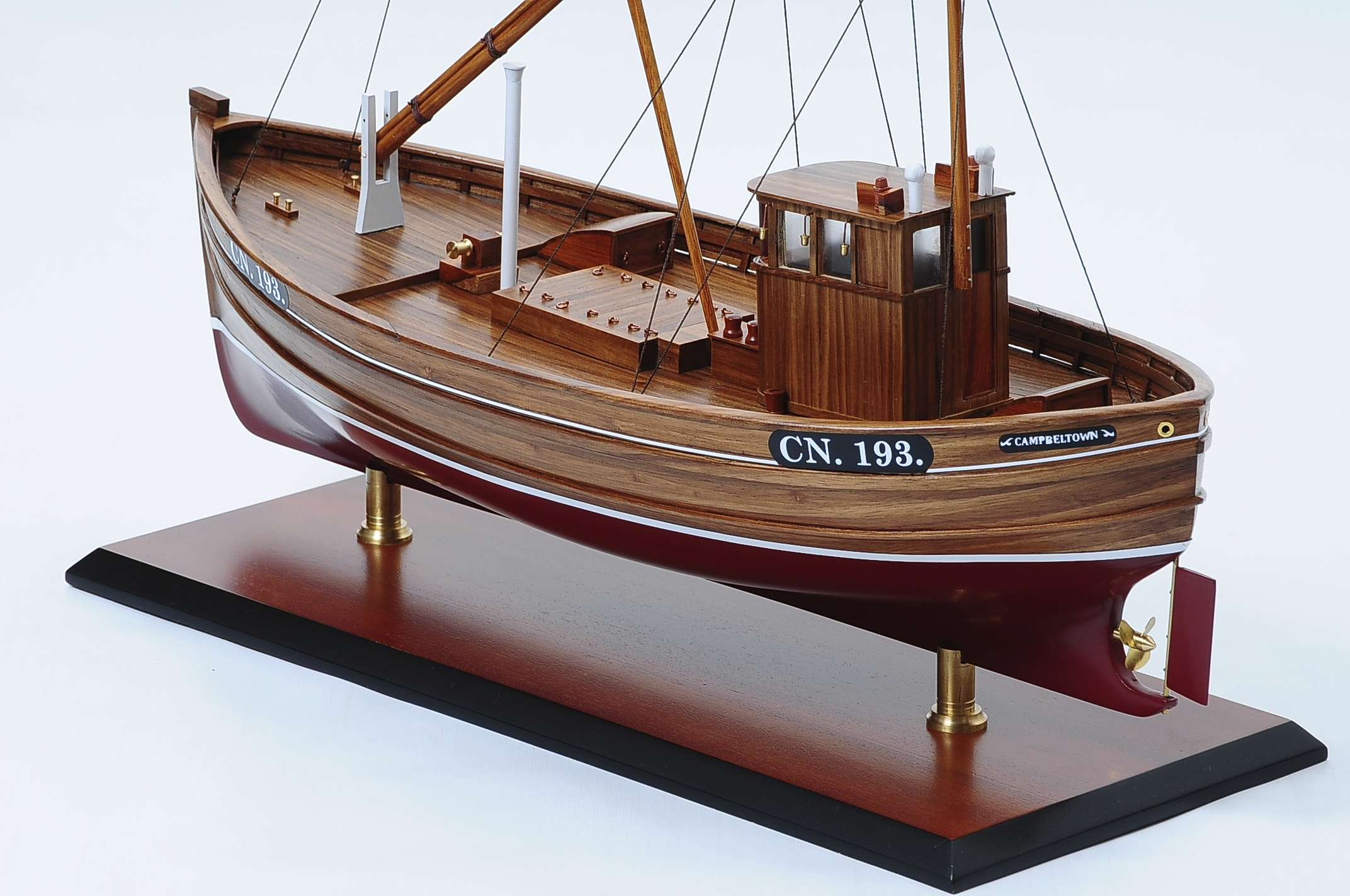 1431-4557-Mary-Mclean-CN193-Model-Boat