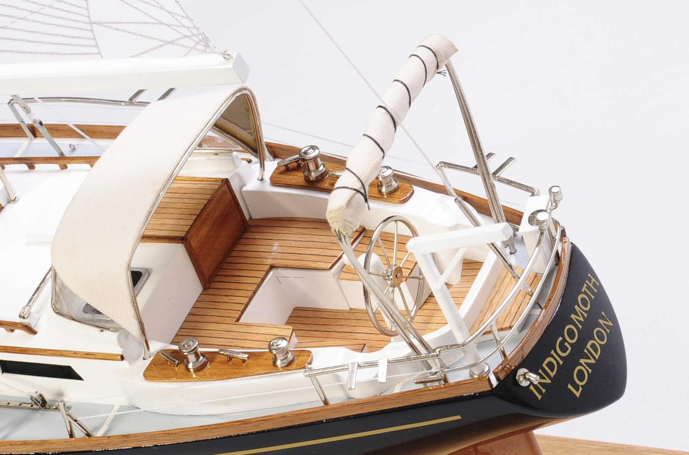 1438-4717-Indigo-Moth-Model-Yacht