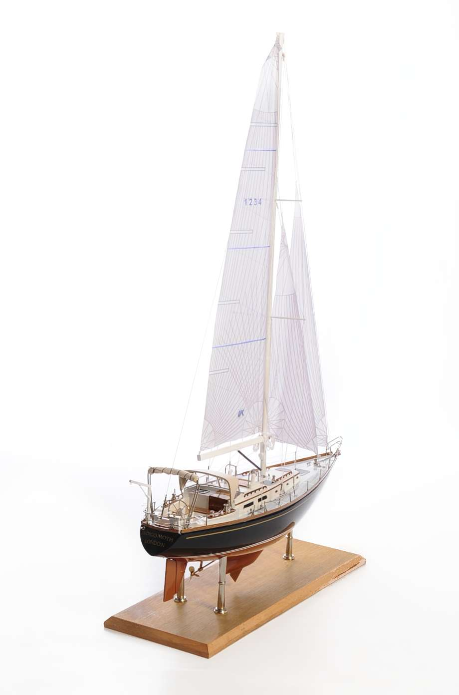 1438-4718-Indigo-Moth-Model-Yacht