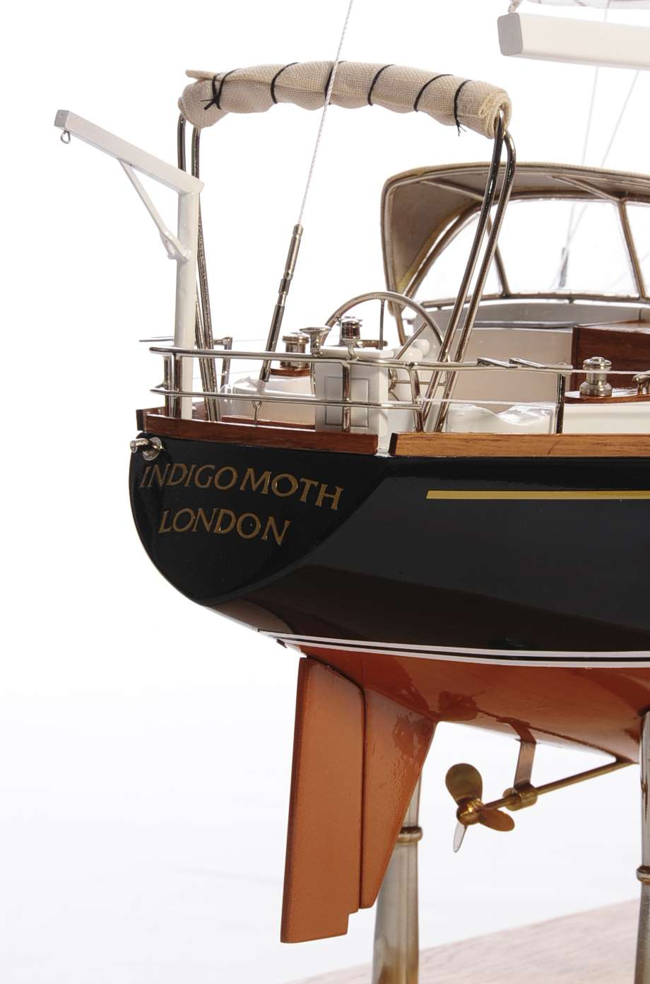 1438-4721-Indigo-Moth-Model-Yacht