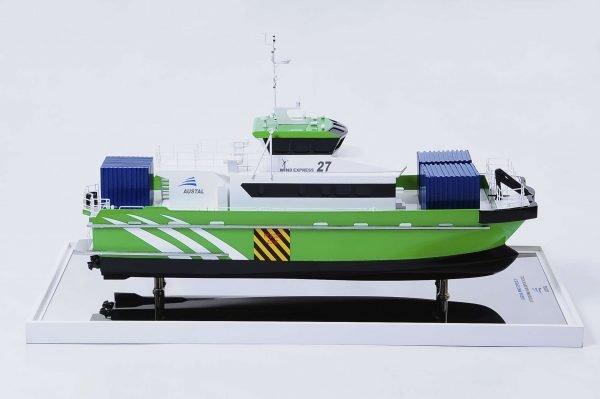 1440-4944-Wind-Express-27-Catamaran-Model