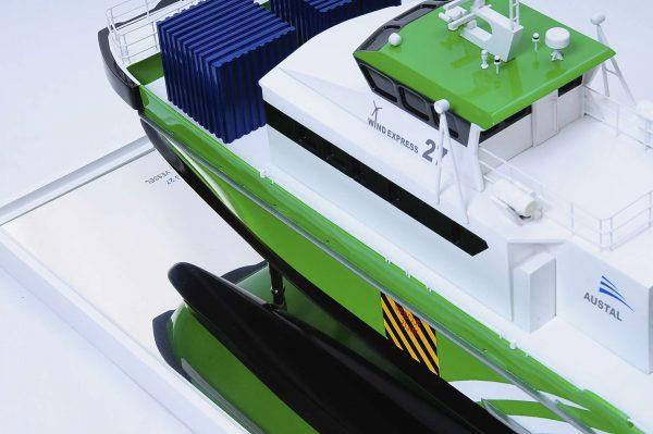 1440-4960-Wind-Express-27-Catamaran-Model