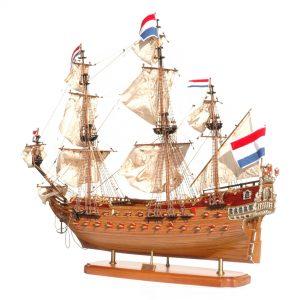 145-8184-Friesland-model-ship-Superior-Range