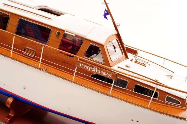 1473-4392-Starcraft-40-Model-Boat-Rajdhani