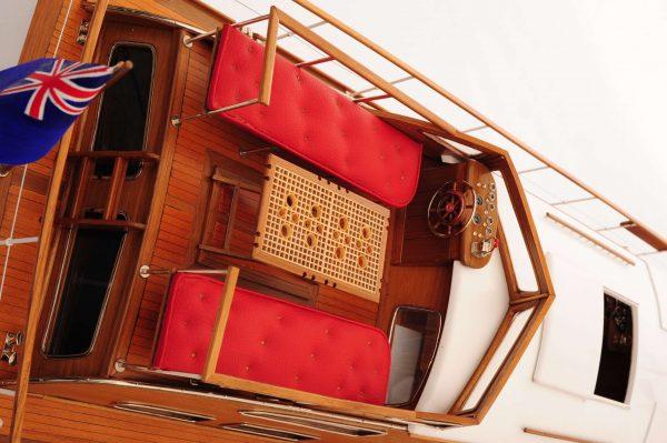 1473-4396-Starcraft-40-Model-Boat-Rajdhani