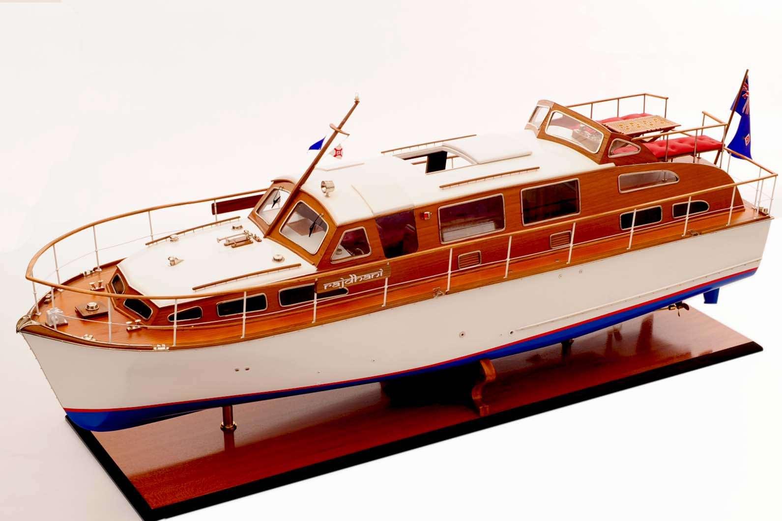 1473-4398-Starcraft-40-Model-Boat-Rajdhani