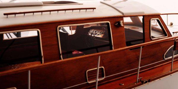 1473-4401-Starcraft-40-Model-Boat-Rajdhani