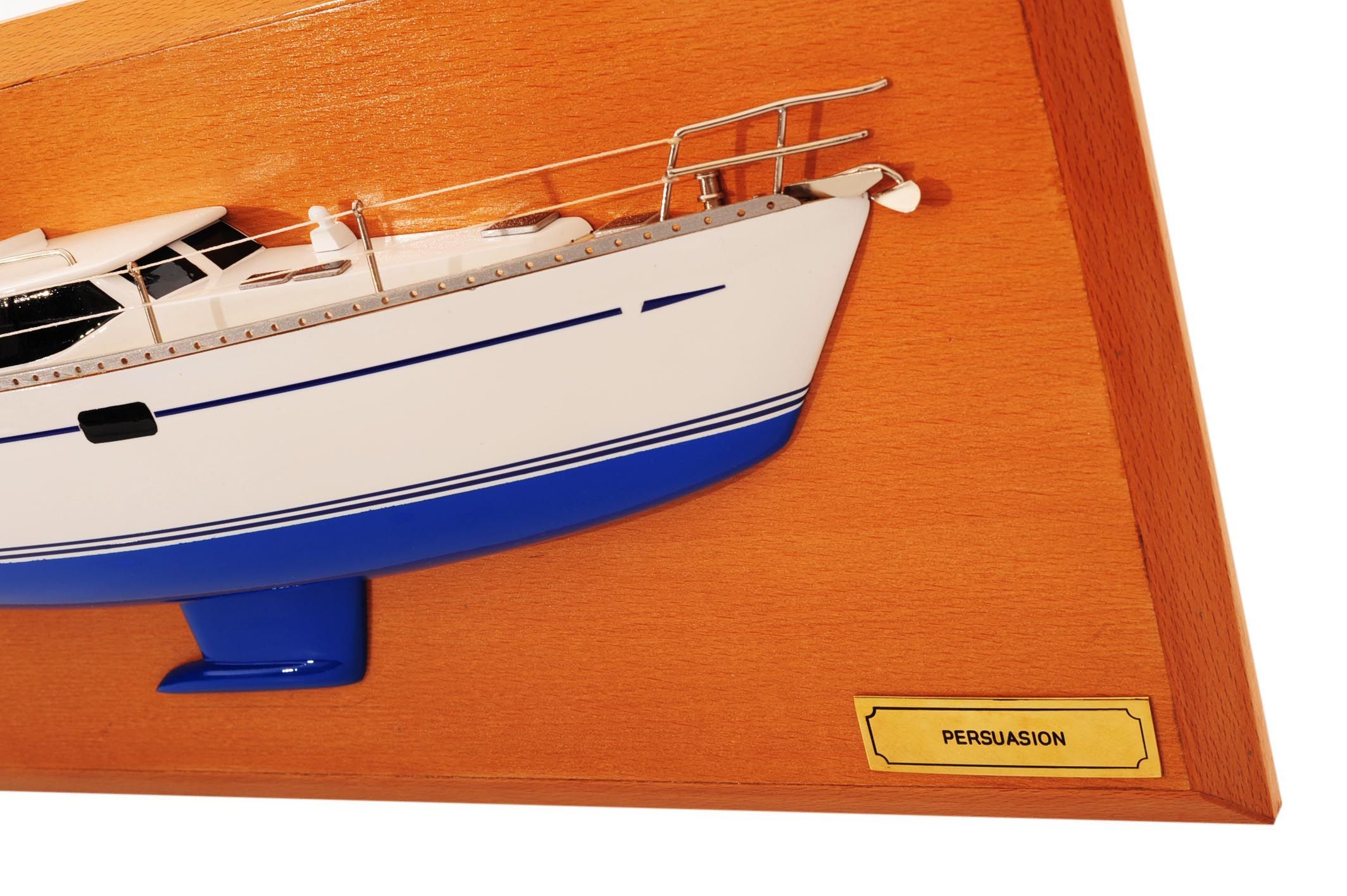 1482-8777-Oyster-45-Persuasion-Half-Model