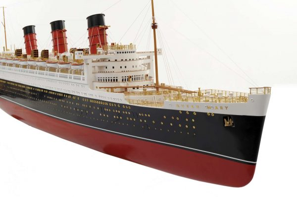 1484-4973-RMS-Queen-Mary-Model