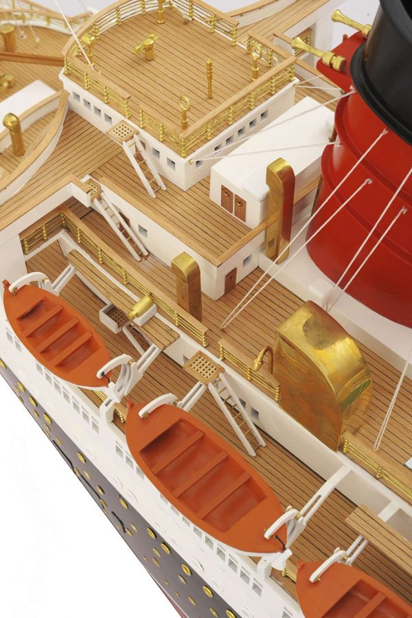 1484-4987-RMS-Queen-Mary-Model
