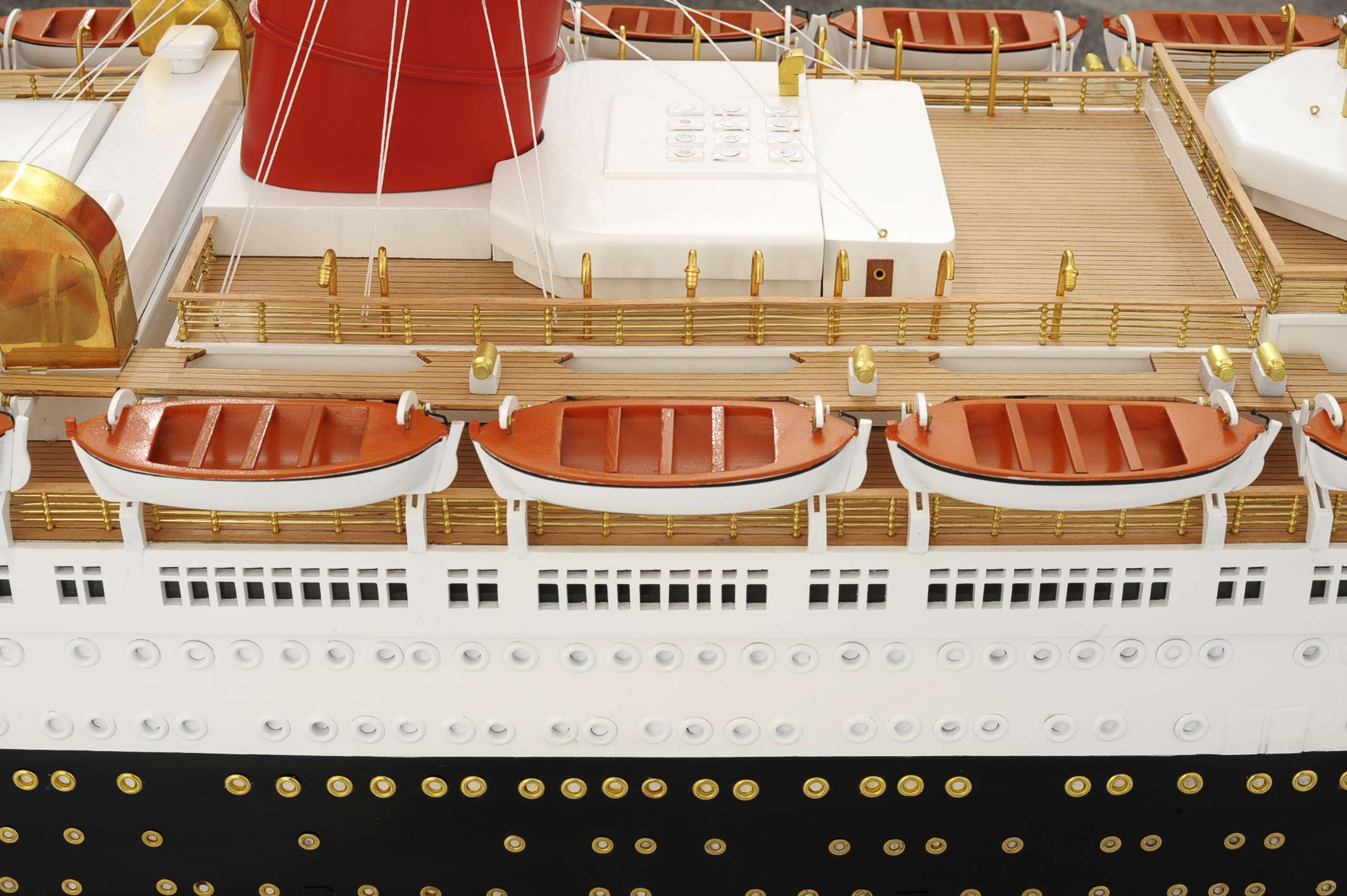 1484-4991-RMS-Queen-Mary-Model