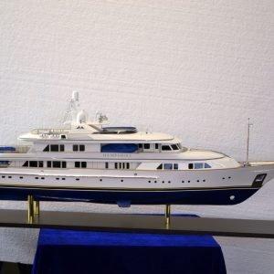 Hampshire Motor Yacht model Boat