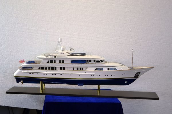 1492-6717-My-Hampshire-Custom-Built-Model-Yacht