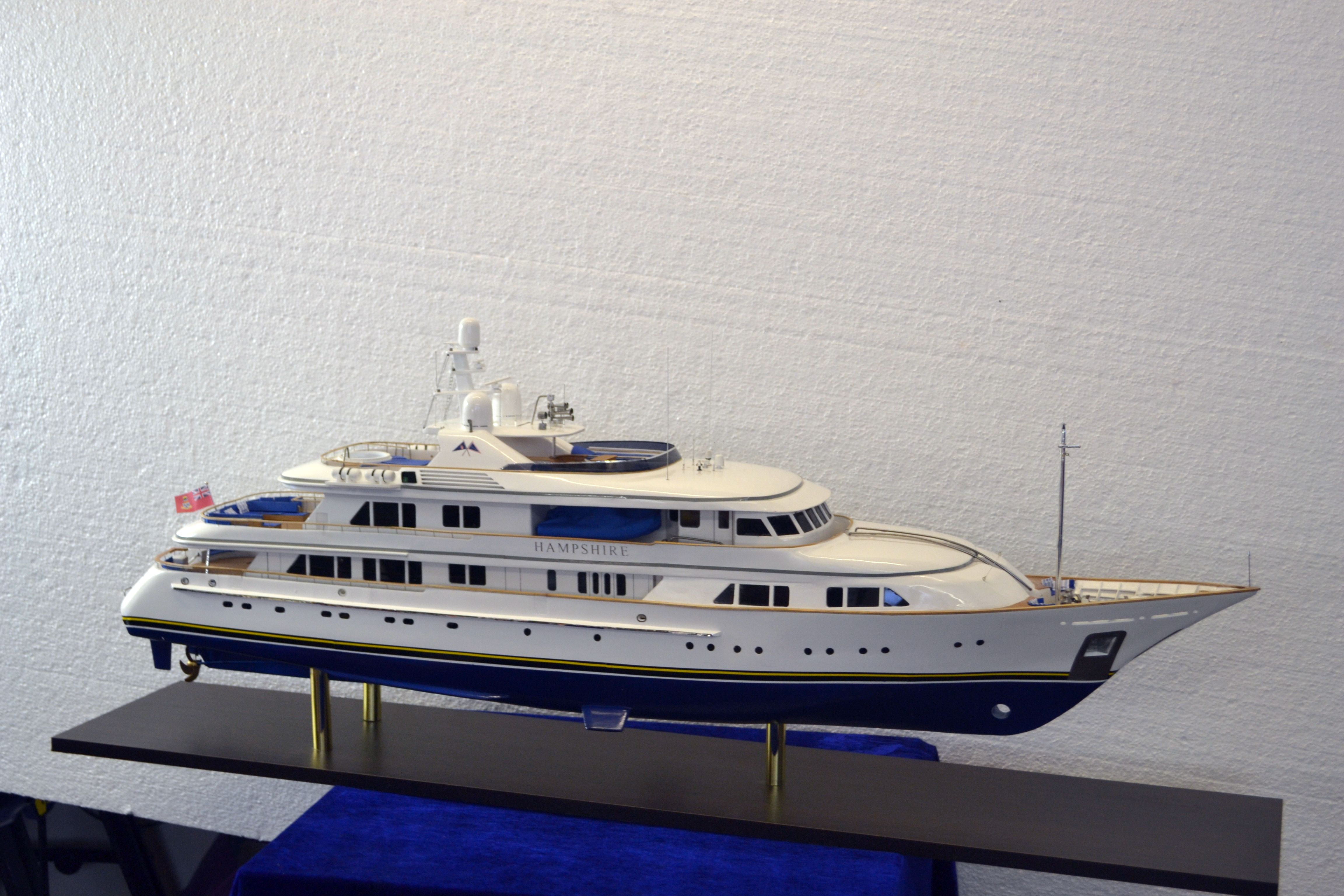 1492-6721-My-Hampshire-Custom-Built-Model-Yacht