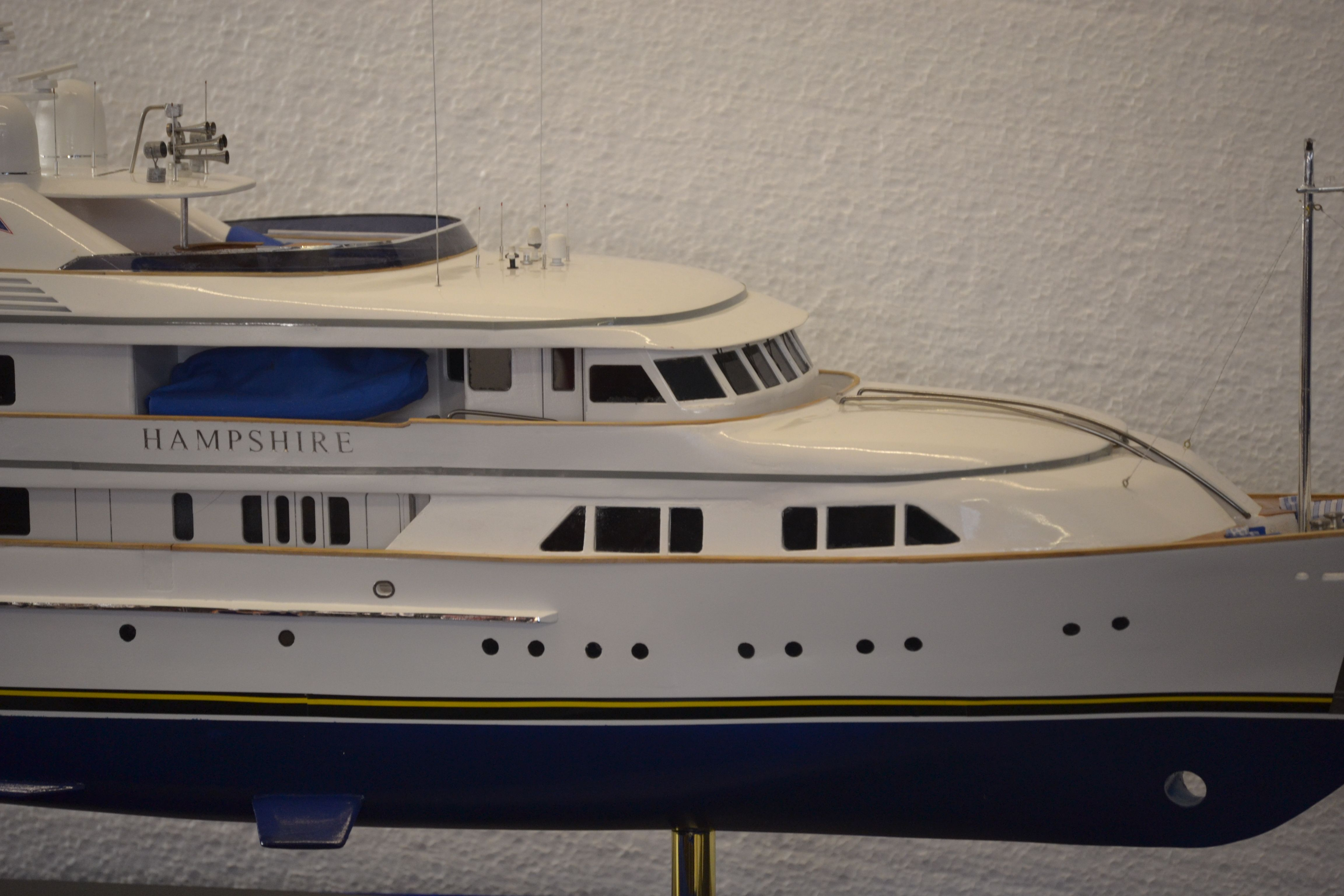 1492-6728-My-Hampshire-Custom-Built-Model-Yacht