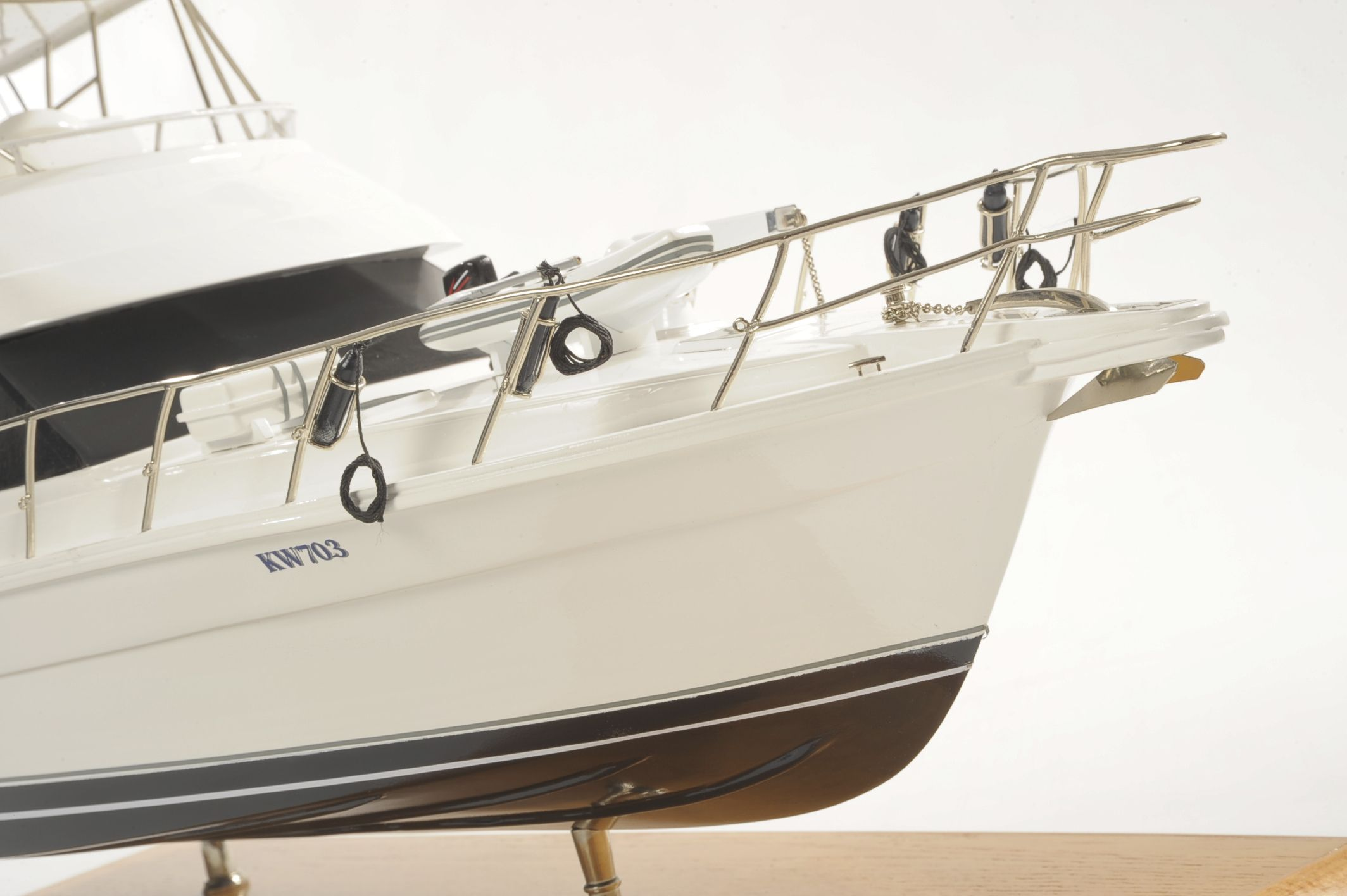 1517-8957-Rivera-45-Model-Boat-Time-Out-2