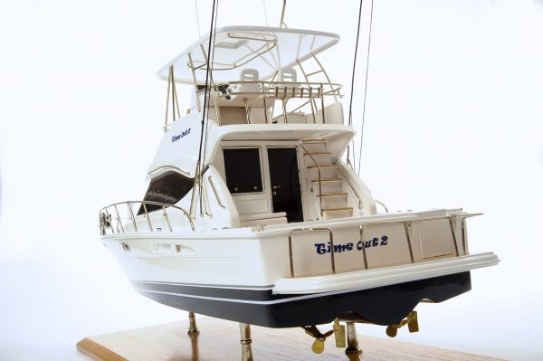 1517-8972-Rivera-45-Model-Boat-Time-Out-2