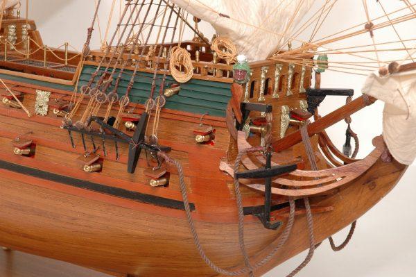 152-8220-Wappen-von-Hamburg-Ship-Model-Superior-Range