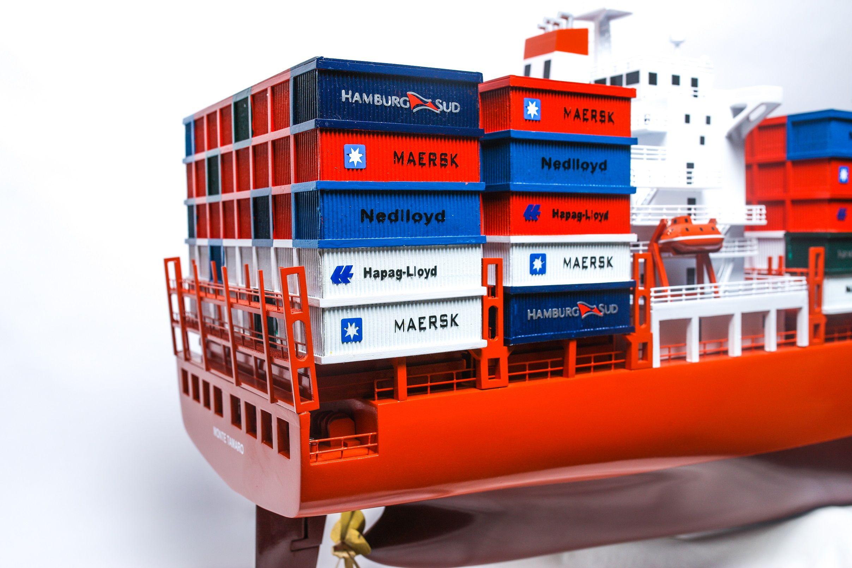 1527-9163-Hamburg-Sud-Container-Ship-Model