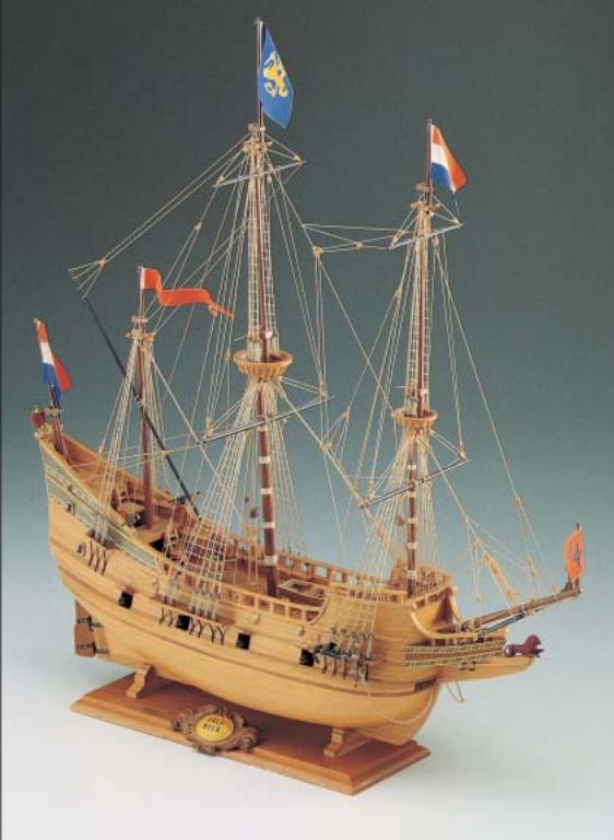Half Moon Model Boat Kit - Corel (SM18)